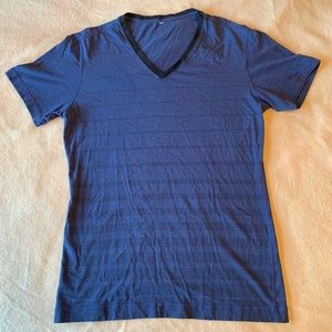 Lululemon Men's V-Neck Striped Short Sleeve Shirt